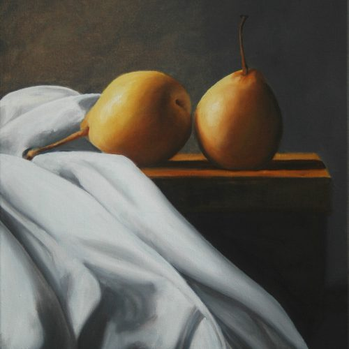 192. Chinese Pears with table cloth